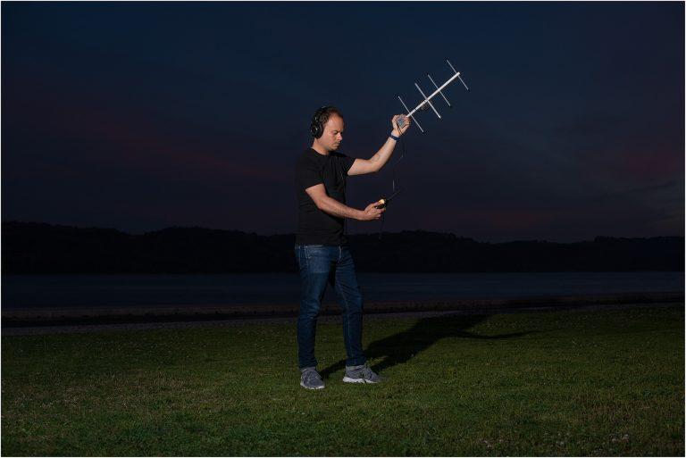 estudo com antena UHF | 40x50cm | 1 + 1 P.A.